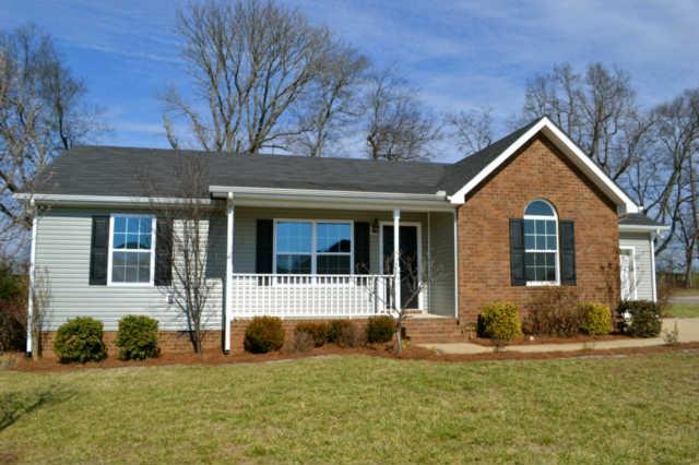 102 Aretha Ct, Murfreesboro, TN 37128