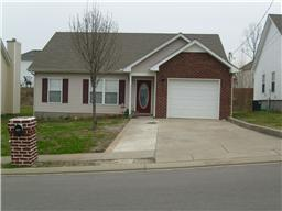 665 Holland Ridge Dr, La Vergne, TN 37086