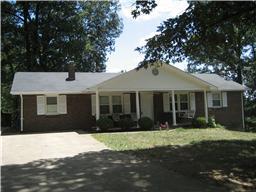 3150 Sugar Creek Rd, Woodlawn, TN 37191