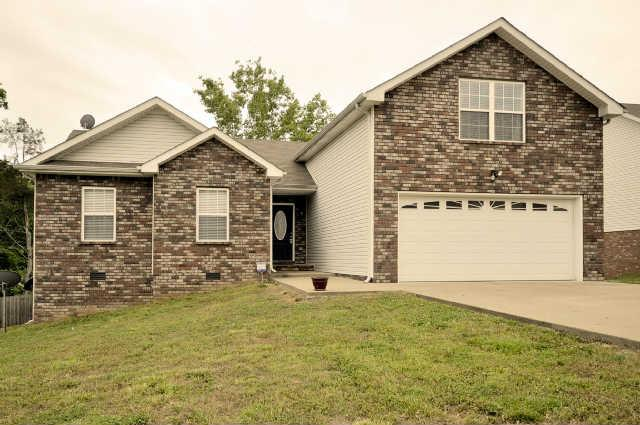 1711 Ridge Runner Ct, Clarksville, TN 37042