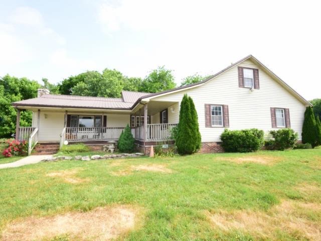 1384 Whiteside Hill Rd, Wartrace, TN 37183