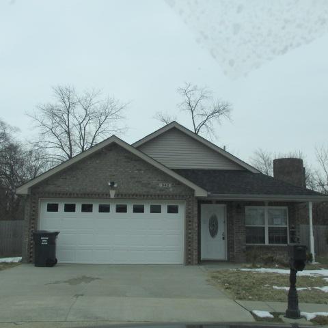 942 Culverson Ct, Clarksville, TN 37040