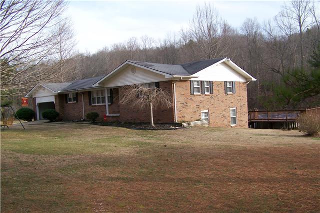 Real Estate for Sale, ListingId: 32280821, Collinwood,TN38450