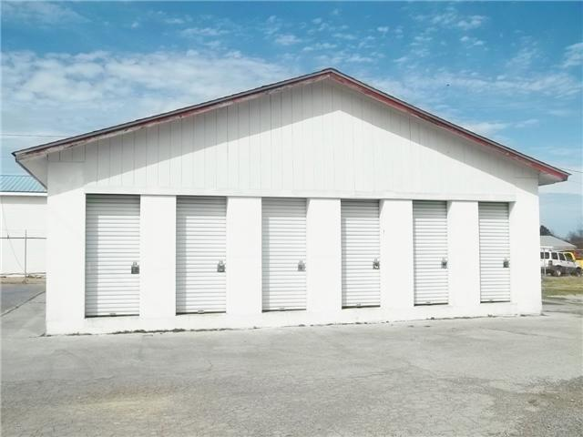 37 Cedar St, Hohenwald, TN 38462