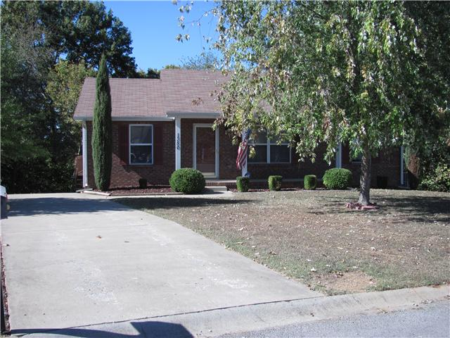 Rental Homes for Rent, ListingId:32331530, location: 1350 Chucker Drive Clarksville 37042