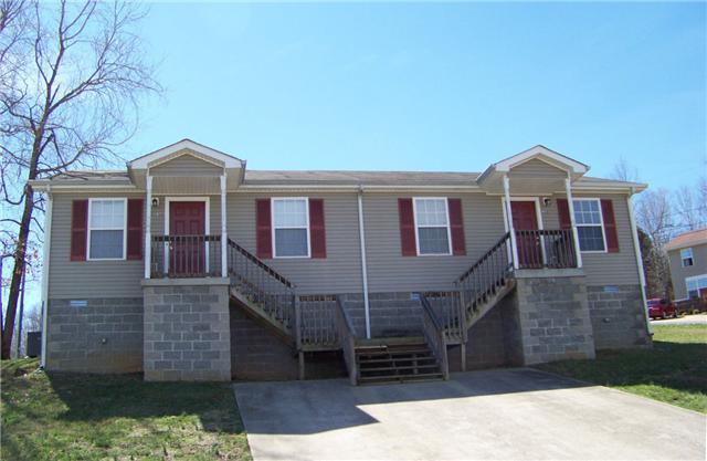 936 Kingsbury Dr, Clarksville, TN 37040