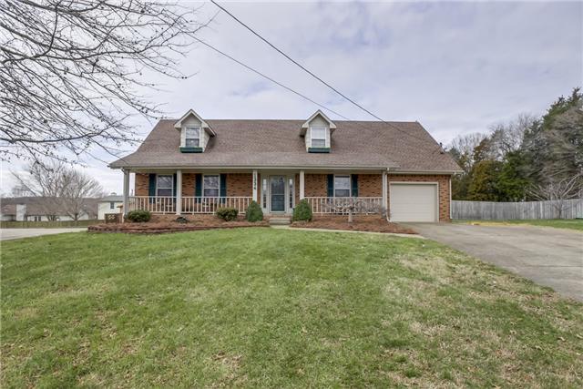 1334 N Shadowlawn Ct, Clarksville, TN 37040