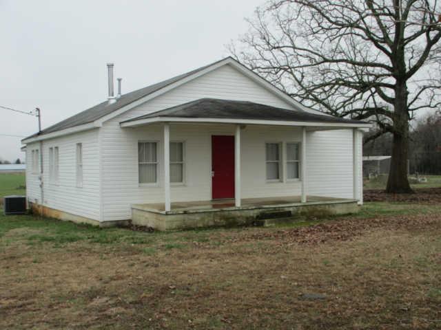 5915 Lynchburg Rd, Winchester, TN 37398
