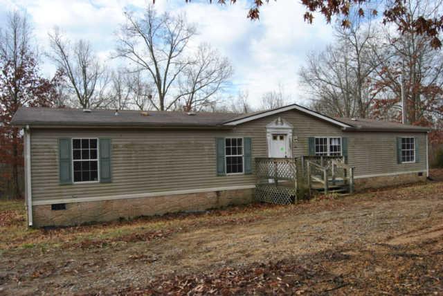 4526 Southside Rd, Southside, TN 37171