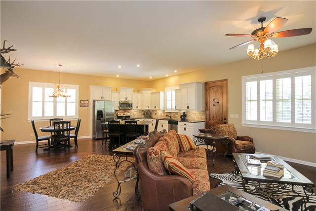 Real Estate for Sale, ListingId: 32560607, Watertown,TN37184