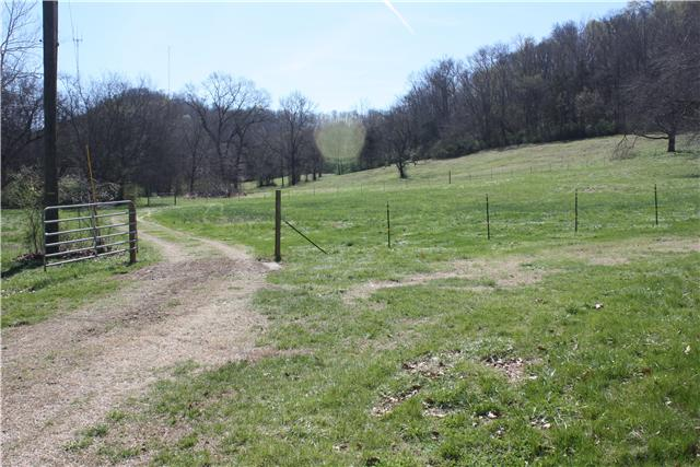 100.36 acres Whites Creek, TN