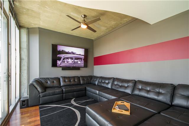 Rental Homes for Rent, ListingId:32646039, location: 301 Demonbreun 819 Nashville 37201