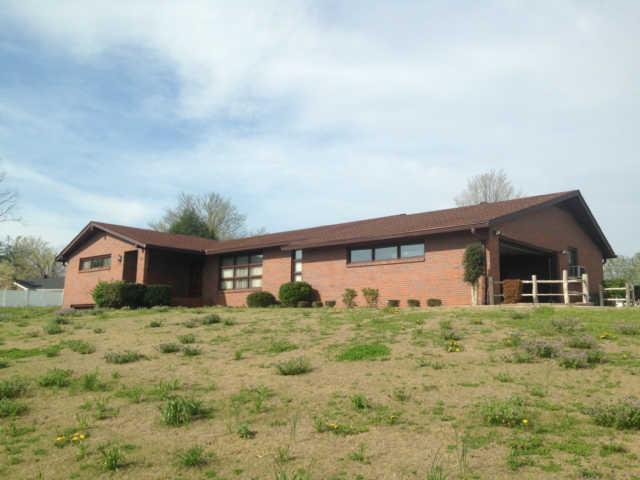 150 Hillcrest Cir, Gordonsville, TN 38563