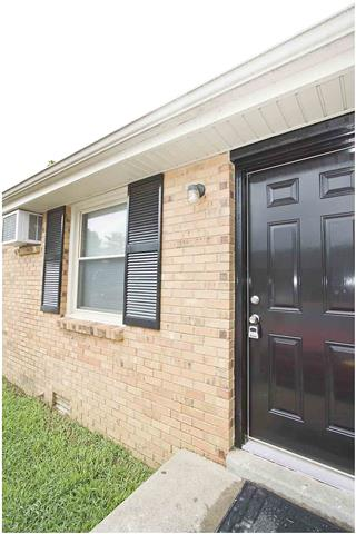 Rental Homes for Rent, ListingId:33331935, location: 805 Golfview -unit 2 Clarksville 37043