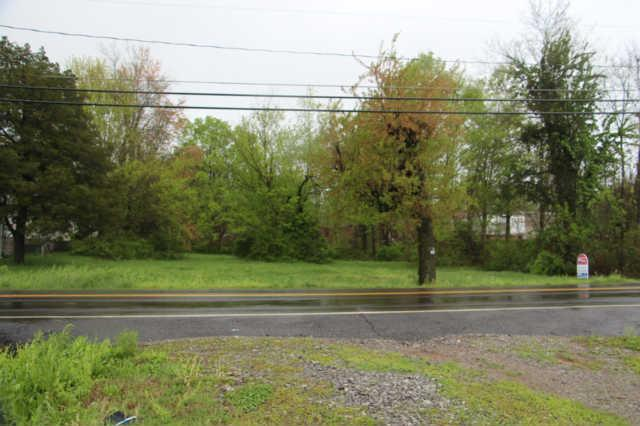 2120 S Main St, Springfield, TN 37172