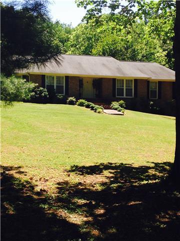 405 Virginia Dr, Lawrenceburg, TN 38464