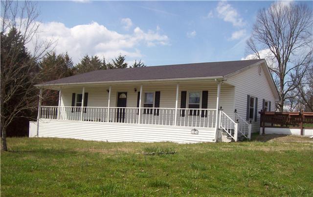 1025 Littleton Ranch Rd, Castalian Springs, TN 37031