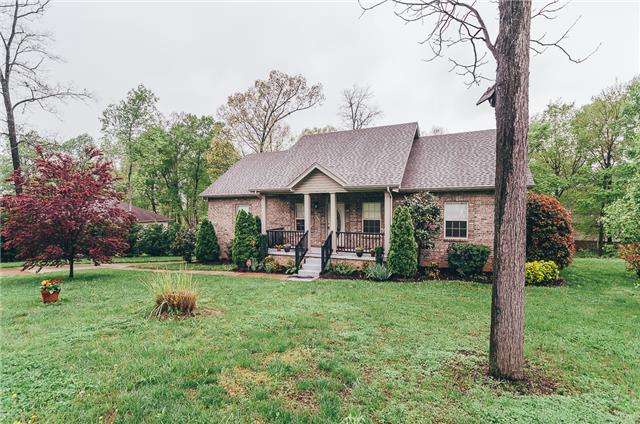 811 Red Hollow Dr, Springfield, TN 37172