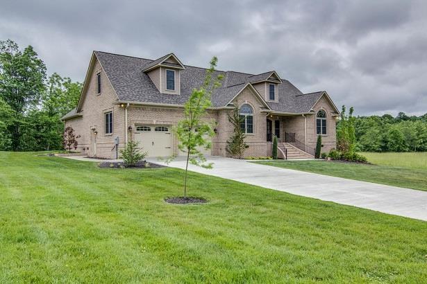 Real Estate for Sale, ListingId: 32940027, Lawrenceburg,TN38464