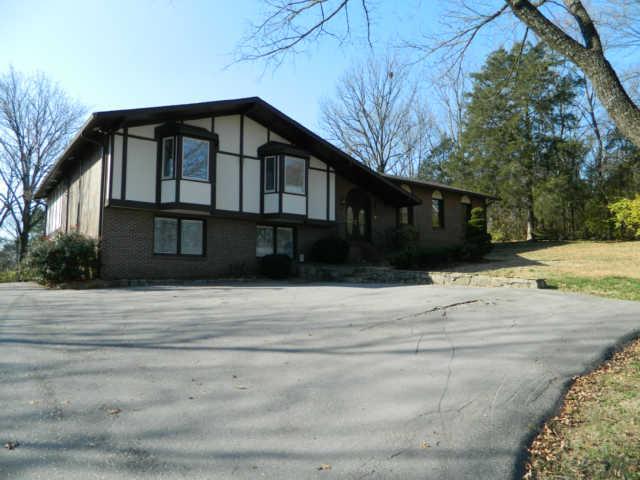Rental Homes for Rent, ListingId:33080359, location: 715 Hillwood Blvd. Nashville 37205