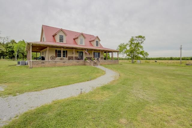 322 Farmer Rd, Eagleville, TN 37060