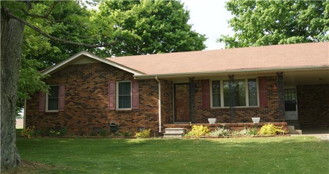 131 Woods Rd, Portland, TN 37148