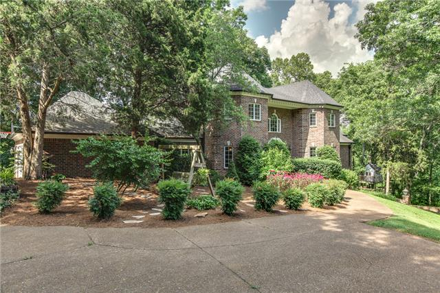 Rental Homes for Rent, ListingId:33208679, location: 1323 Holly Hill Drive Franklin 37064
