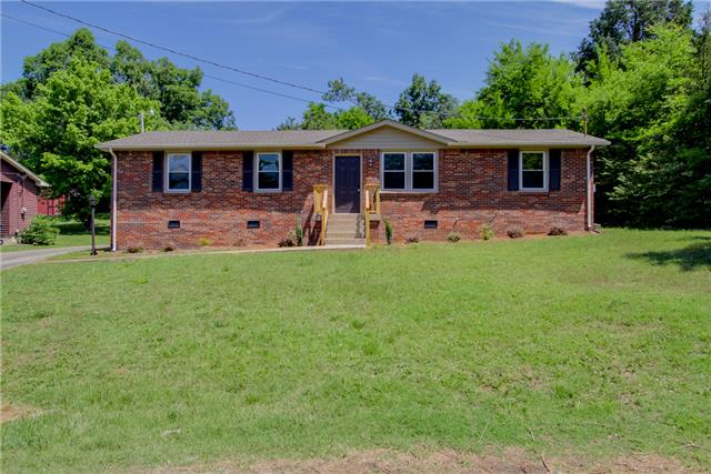 Rental Homes for Rent, ListingId:33239990, location: 123 N Valley Road Hendersonville 37075