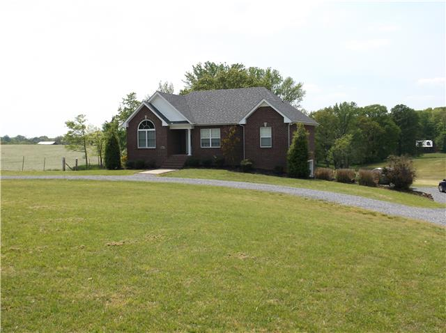 4864 Williams Rd, Cross Plains, TN 37049