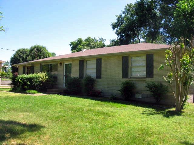 Rental Homes for Rent, ListingId:33331971, location: 284 Old Shackle Island Rd Hendersonville 37075