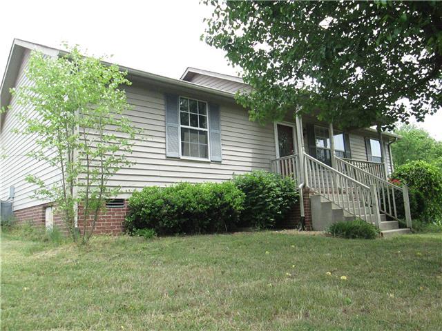 2352 Rawls Rd, Greenbrier, TN 37073