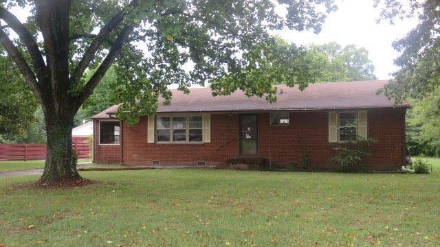 102 Rebecca Ln, Clarksville, TN 37042