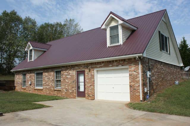 1050 Garrettsburg Rd, Clarksville, TN 37042