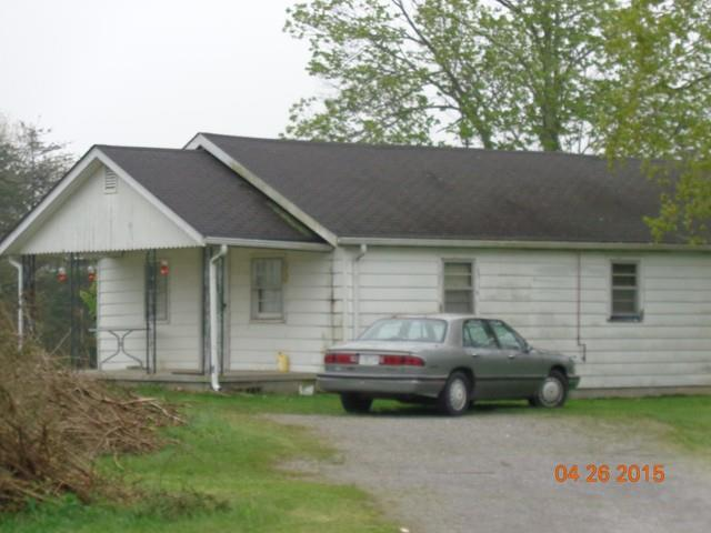1410 College St, Spencer, TN 38585