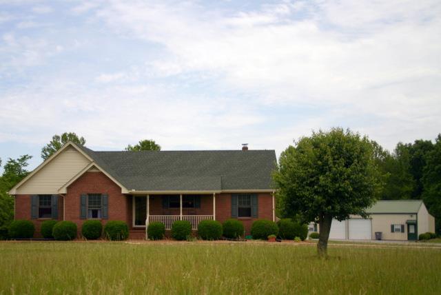 Real Estate for Sale, ListingId: 33387285, Lafayette,TN37083