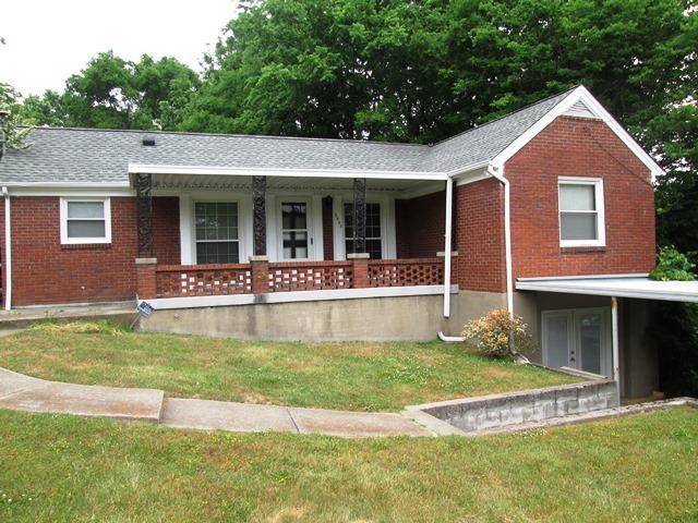 Rental Homes for Rent, ListingId:33386765, location: 2003 Hackberry Nashville 37206