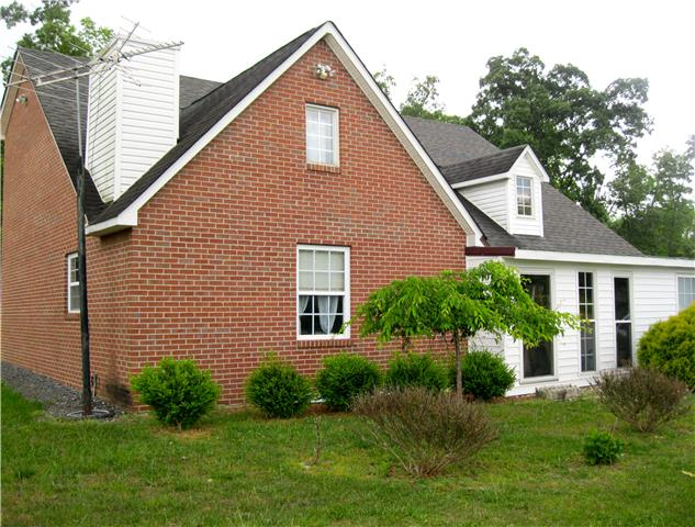 443 Paradise Ln, Mcminnville, TN 37110