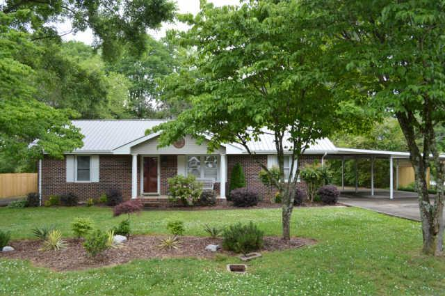 103 Edgewater Dr, Winchester, TN 37398