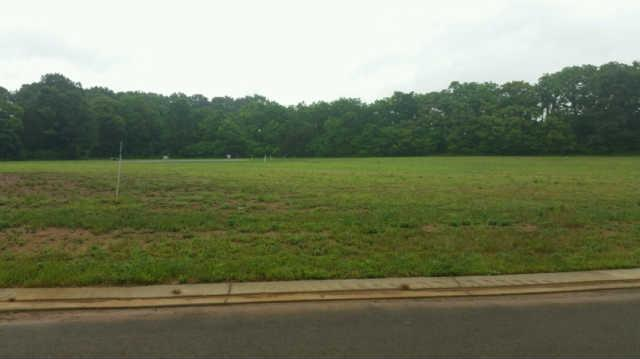 136 Rockingham Dr, Murfreesboro, TN 37129