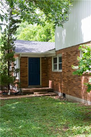 Rental Homes for Rent, ListingId:33425378, location: 3901B Kingswood Nashville 37216