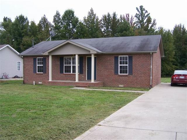 Rental Homes for Rent, ListingId:33449370, location: 425 Woodale Clarksville 37042