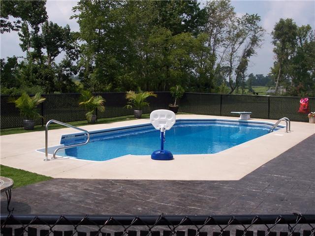 Real Estate for Sale, ListingId: 33467410, Lafayette,TN37083
