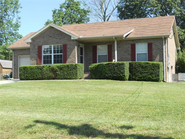 2923 Charlie Sleigh Rd, Woodlawn, TN 37191