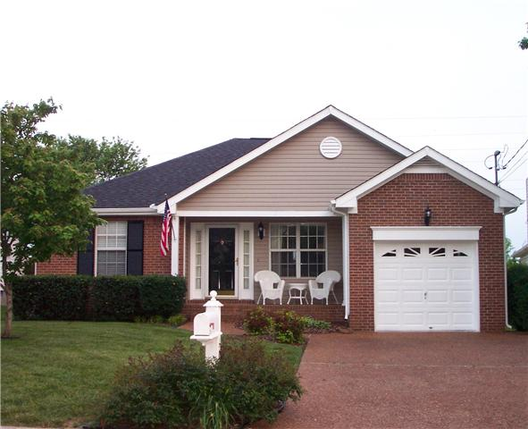 Rental Homes for Rent, ListingId:33546148, location: 106 Oak Leaf Drive Hendersonville 37075