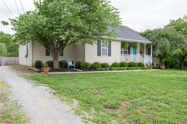 404 Conhocken Ct, Murfreesboro, TN 37128