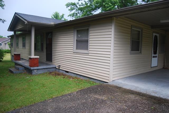 218 The Loop Cir, Smithville, TN 37166