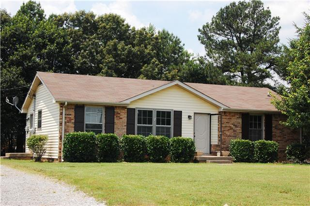 Rental Homes for Rent, ListingId:33787988, location: 2220 Glory Drive Clarksville 37043