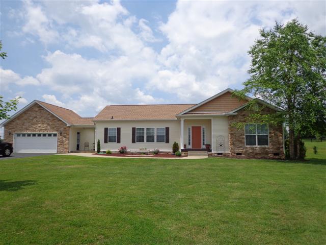 2115 Buckskin Ct, Spring Hill, TN 37174