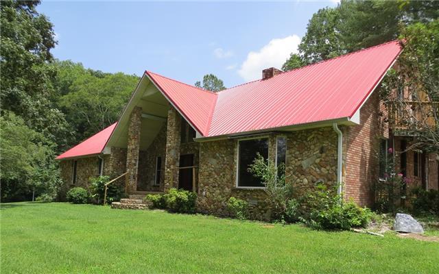 4263 Budds Creek Rd, Cunningham, TN 37052