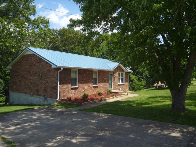3308 Lylewood Rd, Woodlawn, TN 37191